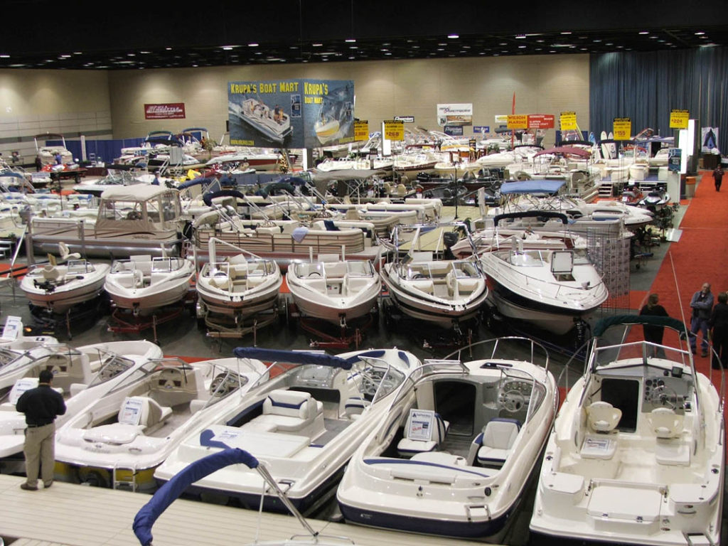 Speed Boats at the Lansing Boat Show