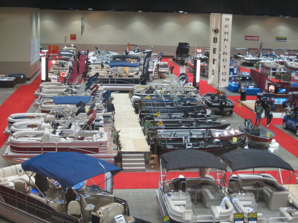 lansing-center-boat-show-2012-012
